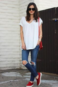 ba13531d8e8fc9 White tee + ripped jeans + red slip on    sporty chic style