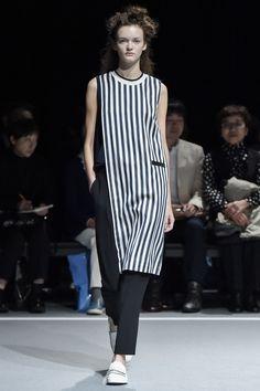 Ujoh Tokyo Spring 2016 Collection Photos - Vogue