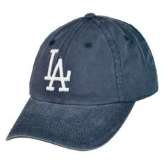 Los Angeles Dodgers MLB Raglan Strapback Baseball Cap ❤ liked on Polyvore featuring accessories, hats, slouch hat, baseball cap hats, slouchy hat, baseball cap e baseball hats