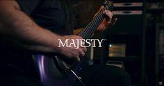 John Petrucci demostra sua nova guitarra feita pela Music Man