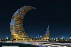 Rascacielos de cuarto creciente en Moon Tower, Dubai.