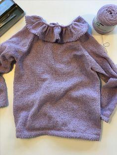 Dagmars bluse. Strikket i organic 350 wool cotton fra hjertegarn.  Opskrift fra petite knit