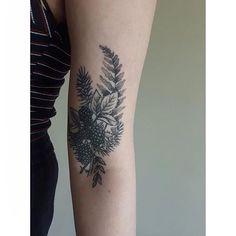 Healed #tttism #ttt #tattooflash #tattoo design #tattoo #tattooidea #tattoodesign #tattooflash #linework #lineworktattoo #linetattoo #dottattoo #dotwork #dotworktattoo #etchingtattoo #engravingtattoo #woodcut #blacktattooart #blackworkerssubmission #tattooage #blxckink #woodcuttattoo #woodcuttattoos #blackwork #blacktattoo #blackworktattoo #blackworker #blacktattooart #blackworkers #smalltattoo #cutetattoo #floraltattoo #botanicaltattoo   Artist: @marthasmithtattoo