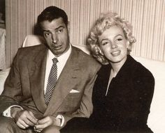 A rare picture of Marilyn and Joe in Japan for their Honeymoon, 1954.