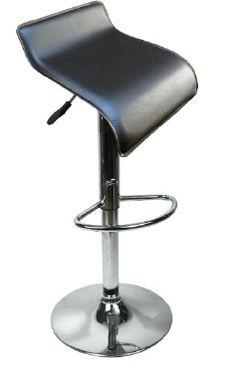 - Sitzfläche und Rückenlehne aus strapazierfähigem Kunstleder - Sicherer Sicherer Stand - gummierter Boden - keine Kratzer auf Laminat oder Parkett - Sitz um 360° frei drehbar - sehr leicht zu reinigen - Bezug im Lederlook - Stufenlose Sitzhöhenverstellung  - Fuß und Gestell aus verchromtem Stahl - Fußleiste