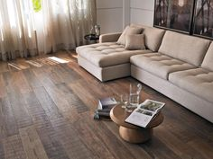 imagem41 Sofa Com, Home Living Room, Living Room Decor, Big Sofas, Timber Flooring, Parquet, Porcelain Tile, Living Comedor, French Country House