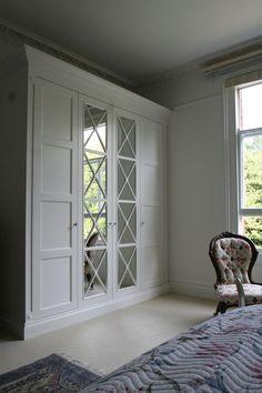 36 ideas for ikea closet doors Bedroom Built In Wardrobe, Bedroom Closet Design, Wardrobe Doors, Mirrored Wardrobe, Ikea Closet Doors, Bedroom Doors, Balkon Design, Door Makeover, Dining Room Walls