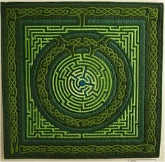 Beautiful Celtic design quilt