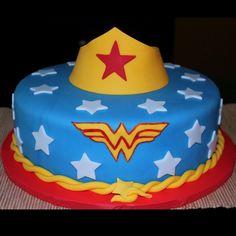 One tier wonder woman cake, é o Bolo que quero para meu niver!!!