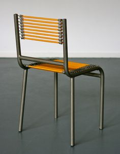 Early Sandows Chair Designed by René Herbst 8 Tetra Pak, Iron Decor, Modern Chairs, Chair Design, Side Chairs, Cool Furniture, 1950s, Antiques, Detail