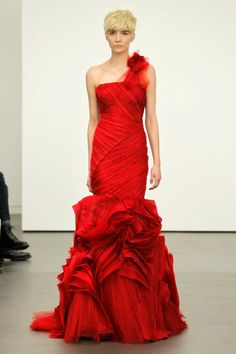Vera Wang | ... views of the dresses can be seen on Vera Wang's Vera Unveiled blog