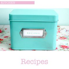 I love duck egg blue and pastel kitchen accessories and I search far and wide to find everything I need for my kitchen. This pretty duck egg blue enamel tin is from Martha Stewarts Collection at Aqua Kitchen, Kitchen Colors, Recipe Tin, Vintage Kitchenware, Blue Gift, Duck Egg Blue, Top Recipes, Free Recipes, Tin Boxes
