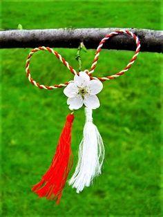Baba Marta, Wreaths, Activities, Spring, Artist, Crafts, 8 Martie, Beautiful, Instagram