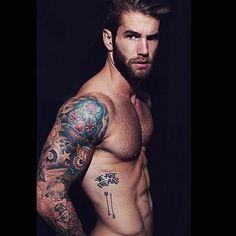 #beard #abs #sixpack #tattoo