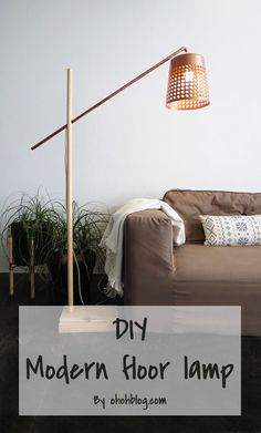 This is one of the coolest project I made lately: a floor lamp. I love making lighting and it was awhile since the cube lamp. This floor lamp is quite simple to realize and you… Diy Floor Lamp, Modern Floor Lamps, Floor Decor, Modern Lighting, Diy Flooring, Pipe Lamp, Diy Interior, Cool Diy Projects, Home Decor Inspiration