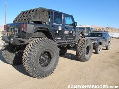 Crazy Lifted JK vs Lifted Jeep Grand Cerokee ZJ. DAMN!!!!!
