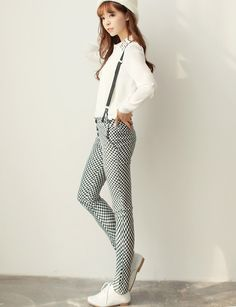 Checkered pants with braces