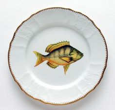 Antique Fish Gold/Aqua Highlights Dinner Plate | Gracious Style