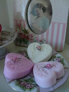 Shabby Chic soaps ♥ these heart soaps