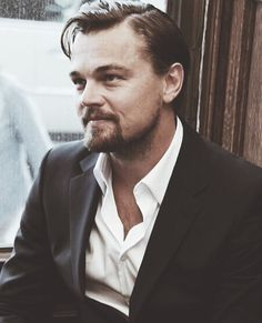 HAPPY BIRTHDAY to the most talented hottie I've followed for years #teamo #leonardodicaprio