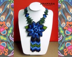 Mexican Huichol Beaded Flower Necklace and Earrings Set Mexican necklace - Mexican Jewelry - Huichol Necklace - Huichol Jewelry Seed Bead Necklace, Flower Necklace, Butterfly Bracelet, Huichol Art, Art Perle, Art Du Fil, Native American Earrings, Mexican Jewelry, Peyote Patterns