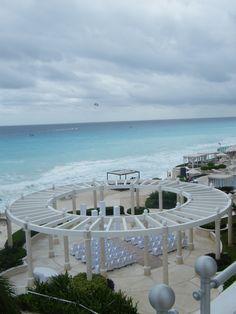 Cancun beach wedding from http://gettingmarriedtravel.com/