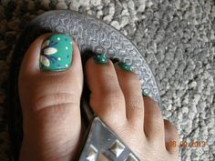 Flower and Polka Dot toes