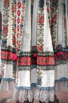 Detail - Sokac maiden and lad as best man at wedding, Alsószentmárton, Baranya, early century Folklore, Maxis, Mori Girl Fashion, Folk Clothing, Tribal Dress, Folk Costume, Costumes, Textiles, Ethnic Outfits