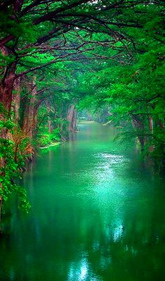 This is Lune River in Lancaster, English