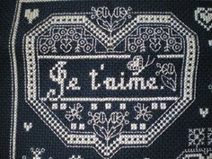 Small motif from Mots d'Amour