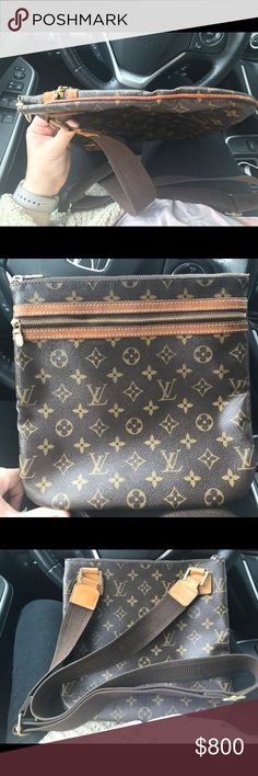 LOUIS VUITTON CROSSBODY 💼 Great condition. Wear and tear on zippers and some of the leather but the LV canvas is great! Great bag! Louis Vuitton Bags Crossbody Bags