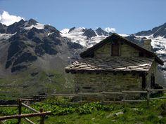 Gran Paradiso National Park   Gran Paradiso National Park rangers' Herbetet hut (2447m)