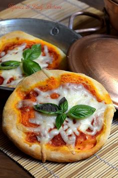 Italian Food - Pizzette I think I want this <3 looks delicious.