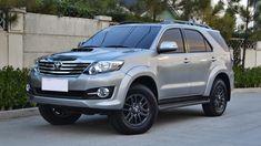 Toyota Fortuner 2015-2016 là mẫu xe bán chạy nhất phân khúc xe SUV gia đình 7…