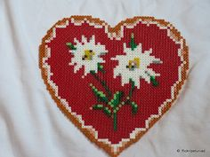 Hama Beads Heart Edelweiss | Flickr - Photo Sharing!                                                                                                                                                      Plus
