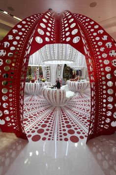 Louis Vuitton at Selfridges by Yayoi Kusama, London store design