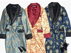 Men s luxury silk dressing gowns. Vintage paisley robes with quilted shawl  collar. Traditional English c540b591f