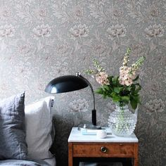 "Wallpaper ""Chrysanthemum""by William Morris William Morris Tapet, William Morris Wallpaper, Morris Wallpapers, Interior Wallpaper, Home Wallpaper, Monochromatic Room, Guest Room Office, House Inside, Wall Treatments"