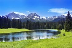 De mooiste plaatsen in Montenegro - 6 / 19  Durmitor National Park: Adembenemende landschap gevormd door gletsjers