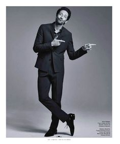 ADRIEN BRODY FOR ESQUIRE – THE BIG BLACK BOOK MEXICO | The Glamour of the Fashion #adrienbrody #theglamourofthefashion #hotguys #maninsuit