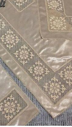 Crochet Flower Tutorial, Crochet Flowers, Crochet Lace, Crochet Hooks, Drawn Thread, Thread Work, Flower Patterns, Crochet Patterns, Needle Lace