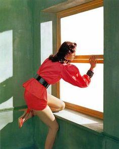 Mariacarla Boscono in Edward Hopper& Morning Sun by Javier Vallhonrat for Flair Edouard Hopper, Edward Hopper Paintings, Morning Sun, Pulp Art, American Artists, Oeuvre D'art, Art History, Painting & Drawing, Vincent Van Gogh