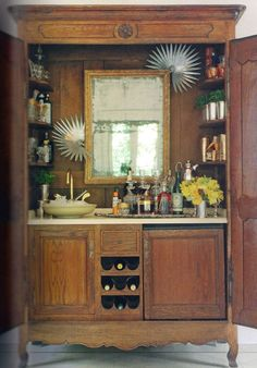 Bar in Armoire