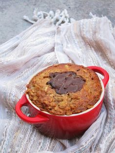 Once upon a time, I liked cookies. Doesn't every child? I loved my mother's chocolate chip cookies (why was the rest of the world incapable of making decent chocolate chip cookies??), t…