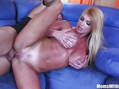 Busty gorgeous MILF Taylor Wane gets railed