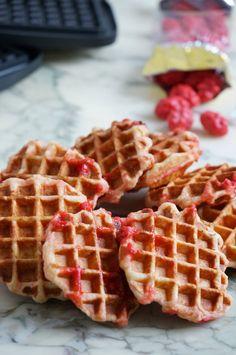 The Cook Time: Gaufres de Liège aux pralines roses