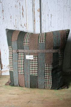 Adley & Company loves tweed and anything made with it! This unique tweed upcycled patchwork pillow cover is constructed from various vintage wool tweed garments. Definitely one-of-a-kind, each tweed p