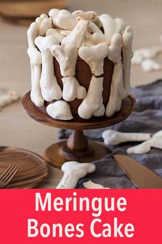 This spooky and delicious meringue bone cake is perfect for Halloween. Moist chocolate cake wrapped in chocolate buttercream all covered in meringue bones. Homemade Chocolate Frosting, Easy Chocolate Desserts, Chocolate Buttercream, Chocolate Cookies, Chocolate Peanut Butter, Chocolate Recipes, Chocolate Ganache, Creepy Halloween Food, Halloween Desserts