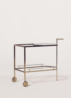 Gin Lane bar cart / trolly by Yabu Pushelberg Bar Furniture, Design Furniture, Bar Chairs, Club Chairs, Room Chairs, Bar Trolley, Yabu Pushelberg, Gold Bar Cart, Bar Cart Decor