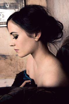 Esc [Eva Green]